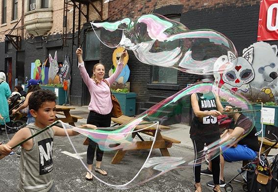 party de ruelle en bulles